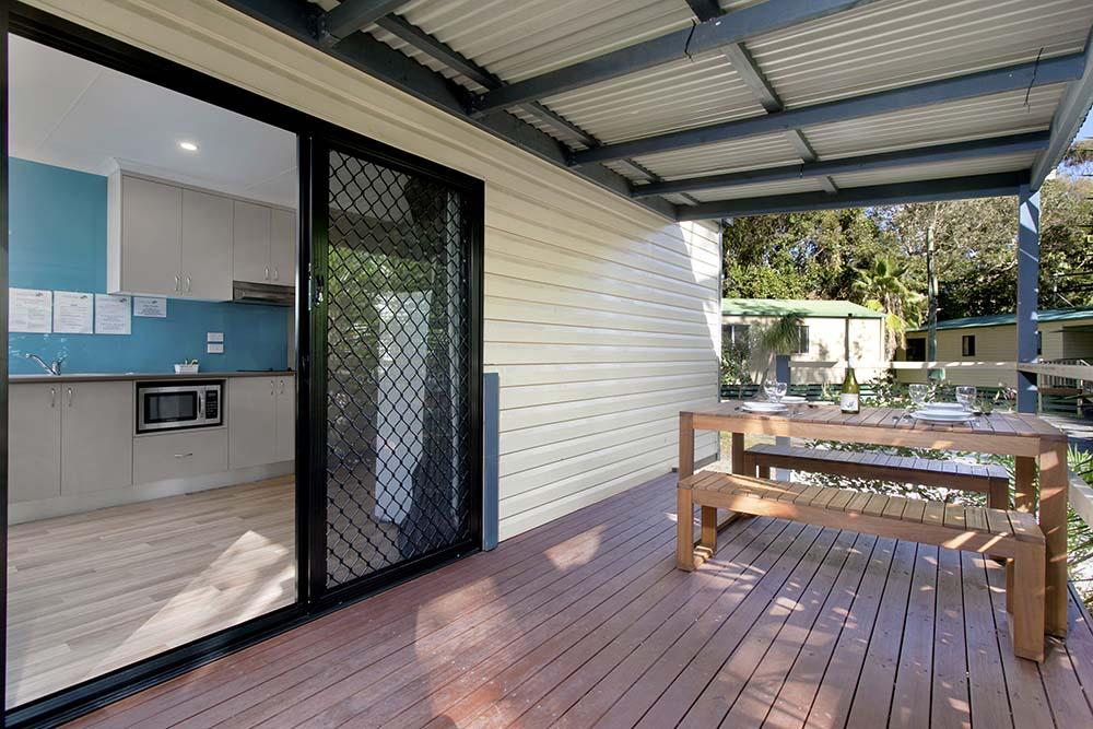 deluxe-cabin-verandah