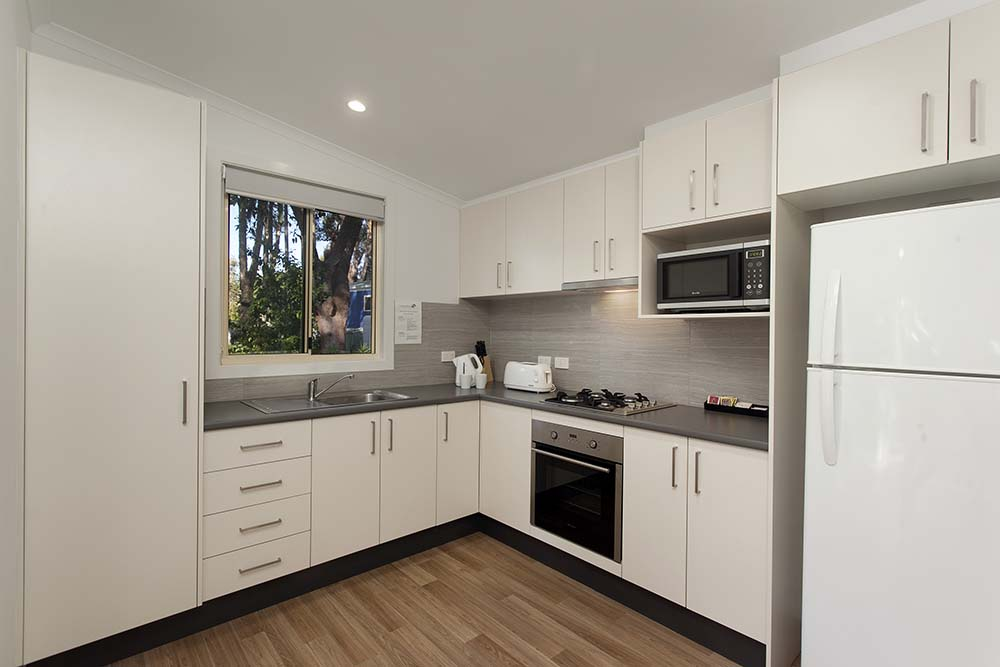 executive-villa-kitchen