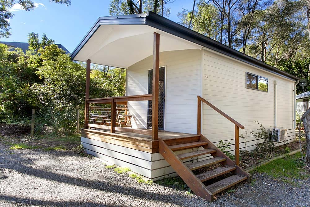 lagoon-cabin-outside-2