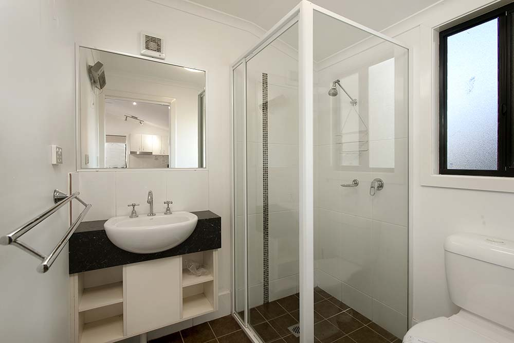 studio-villa-bathroom